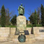 Estatua de Don Afonso Henriques - el primer rey de Portugal