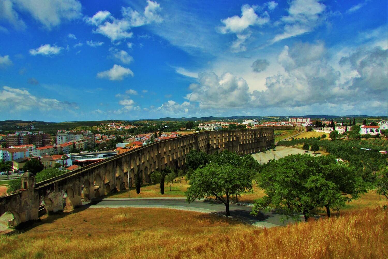 aqueduto da amoreira em elvas, portugal
