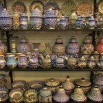 artigos de cerâmica na medina de fez