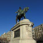 estátua de d. pedro IV na avenida dos aliados