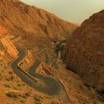 estrada da garganta do dades na rota dos 1000 kasbahs