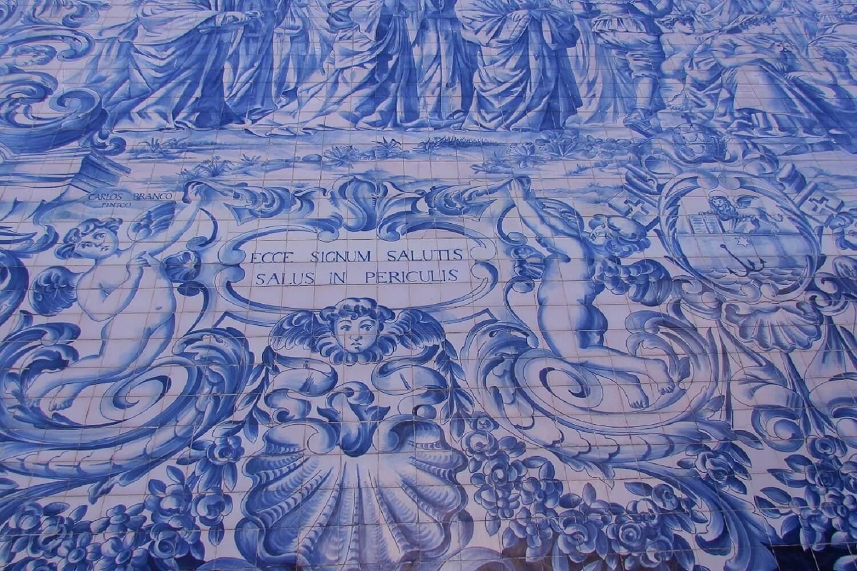 arte em azulejo no porto