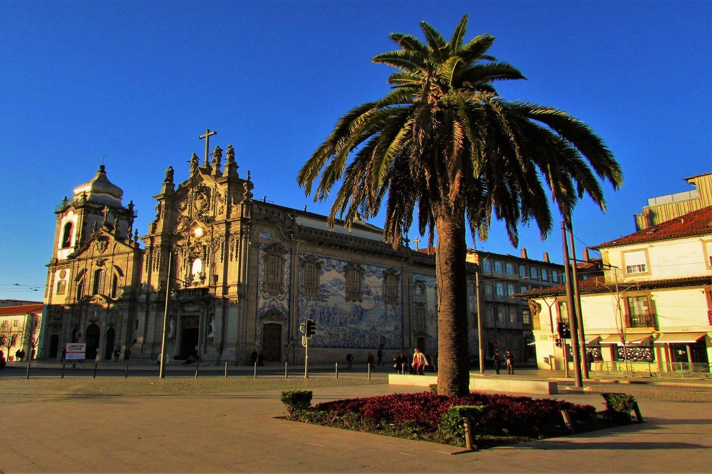iglesias del Carmo y Trindade