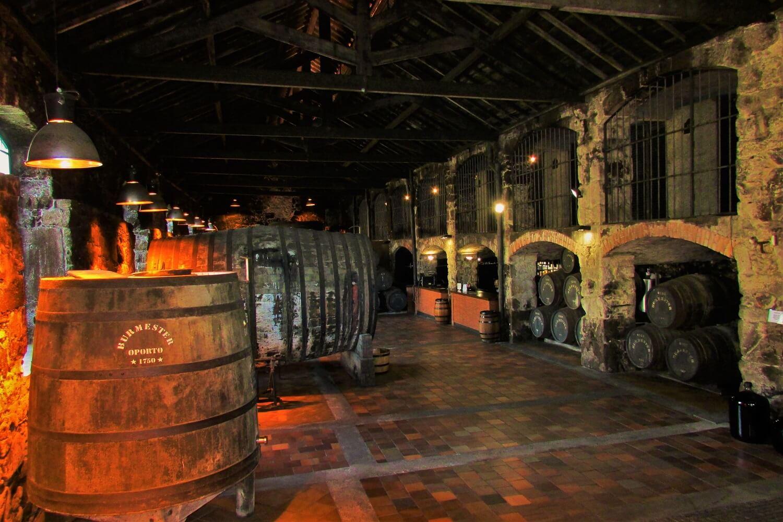 las bodegas de vino de porto en Gaia