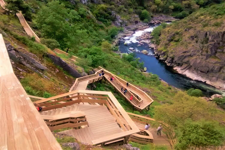 descida das escadas do rio paiva