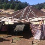 tradicional tenda nómada nas montanhas do atlas